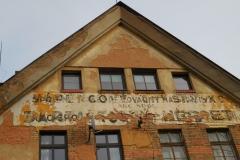 Vila ředitele - pozůstatky nápisů