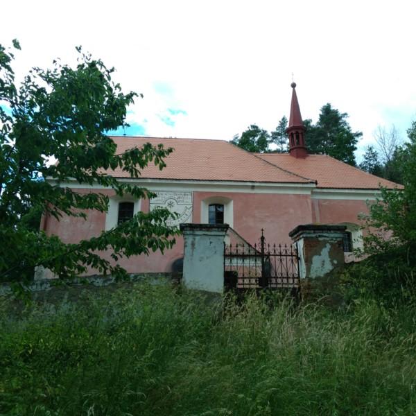 kostel v Červené nad Vltavou