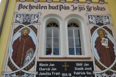 Malba na kapli v Kučeři
